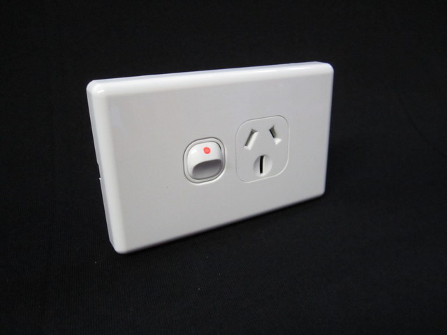 Single power point -15A