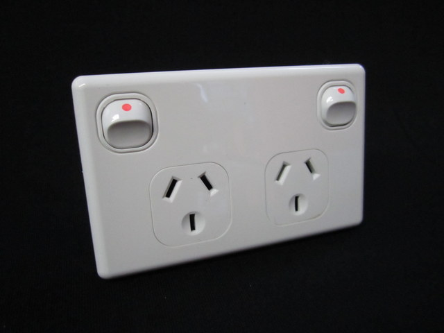 Wiring A Switch And Outlets