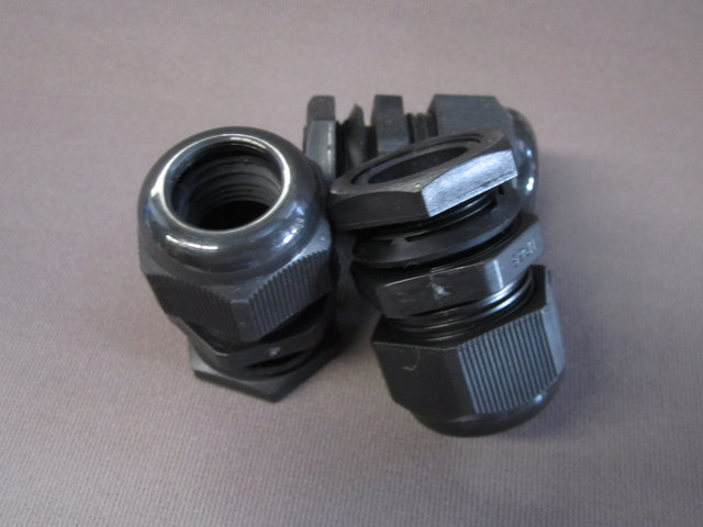 Nylon Cable Gland 16mm Blk
